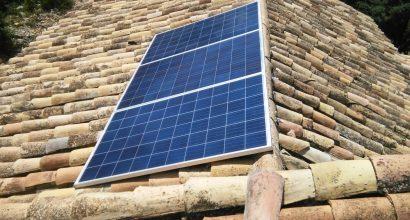 Solar Fotovoltáica Aislada de Red de 5 kVA y 11 kWh , baterías de GEL