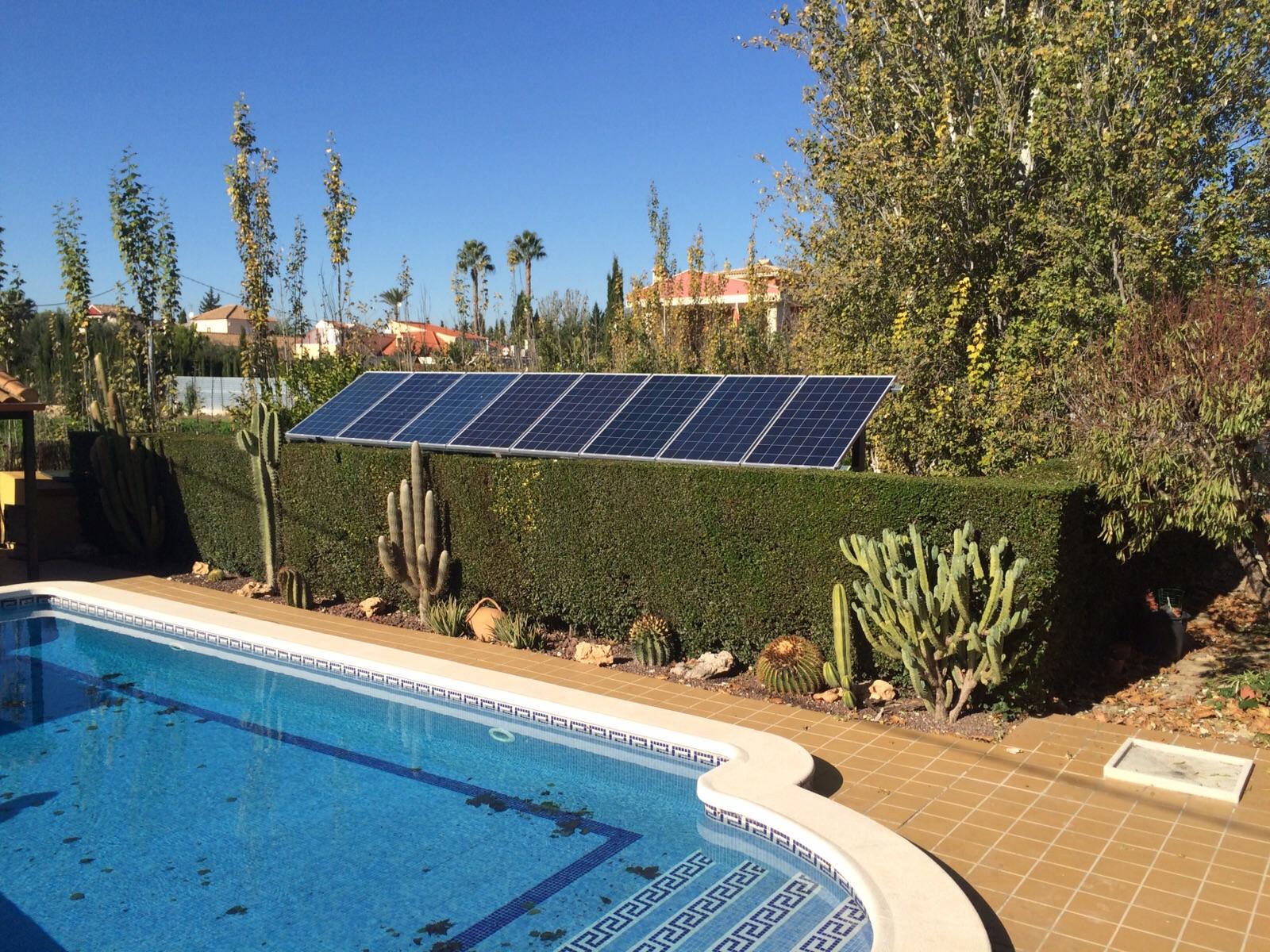 Fotovoltaica para no pagar facturas de luz agua for Alberca para riego