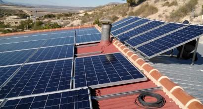 Instalación solar fotovoltáica de vertido a Red, mediante inversor SMA de 9KW