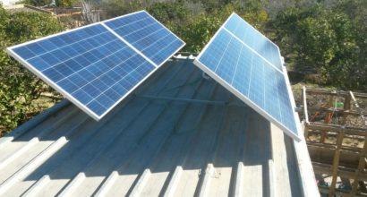Instalación Solar Fotovoltaica Aislada de red con 4 paneles de 260W