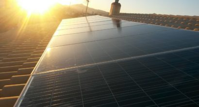 Instalación Solar Fotovoltaica, 9 paneles 310w, inversor 2,5kw