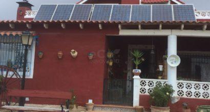 Instalación Solar Fotovoltaica Aislada  21.600Wh útiles