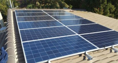 Instalación Solar Fotovoltaica Sistema Híbrido
