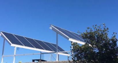 Instalación Solar Fotovoltaica Híbrida Vertido Cero y Monitorización