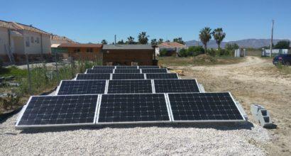 Instalación Solar Fotovoltaica de Autoconsumo con apoyo de Generador eléctrico