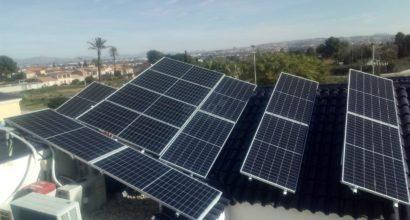 Instalación Solar Fotovoltaica Híbrida