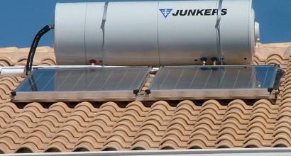 Instalación de Sistema Solar Termosifónico de JUNKERS,