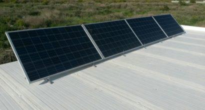 Instalación Solar Fotovoltaica Aislada con 4 paneles de 260w