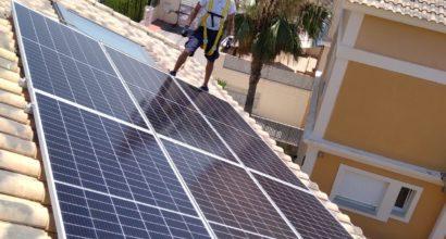Instalación Solar Fotovoltaica conectada a red y compensación de excedentes